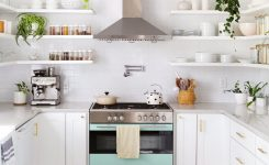 Tips For Creating Beautiful Black Or White Retro Themed Kitchens 38