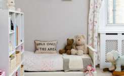 Tips For Decorating A Small Bedroom For A Young Girl 15