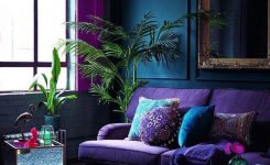 Amazing Jungalow Green Houseplants On Boho Chic Couch