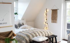 Appealing Kirsten Shome is A Perfect Mix Of Boho and Danish Style On Boho Minimalist Room