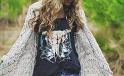 Comely 35 Best Bohemian Clothing for Women On Boho Chic tops
