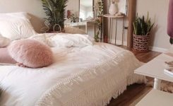 Gorgeous Idee Chambre Etudiant On Bedroom Decor Cheap